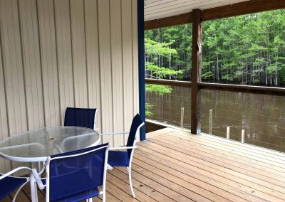 BackWater-Jacks-Cabin-Duplex-rentals-patio