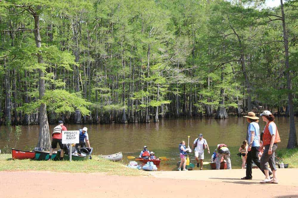 Lakefront-rentals-caddo-lake